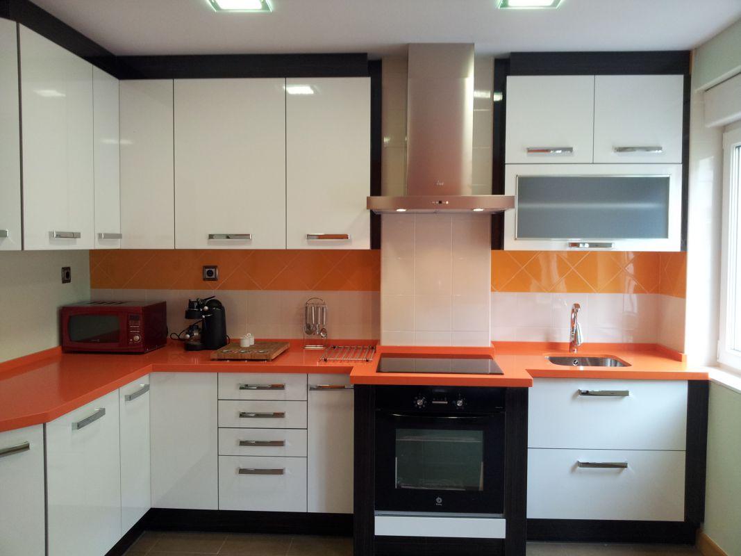 Mobiliario para cocinas ibermesa for Mobiliario para cocina